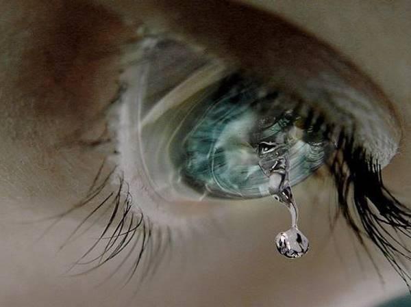 Mơ thấy mình khóc là điềm gì? Đánh liền tay số mấy?